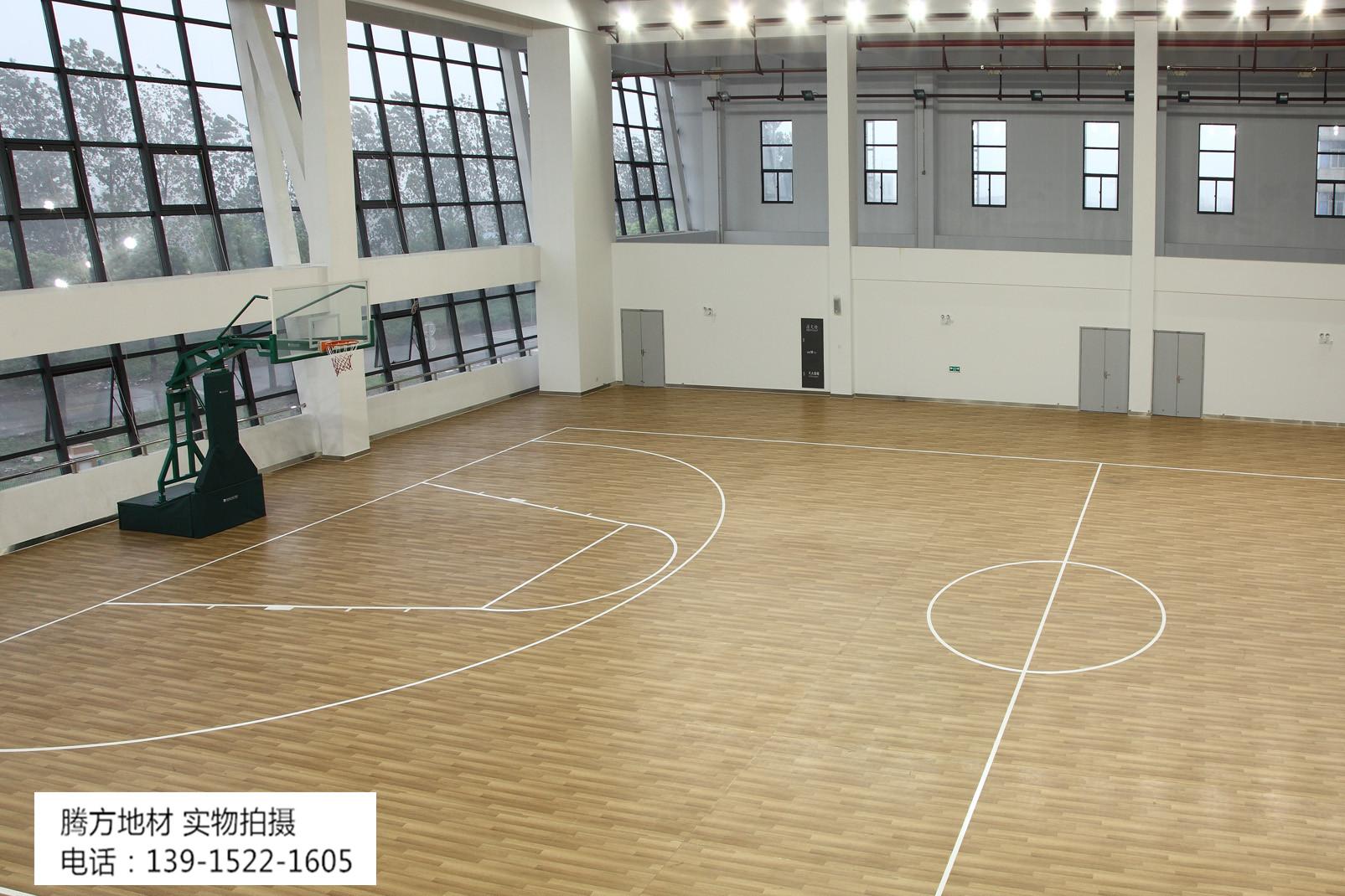 pvc运动地板广泛应用于室内篮球场馆啦