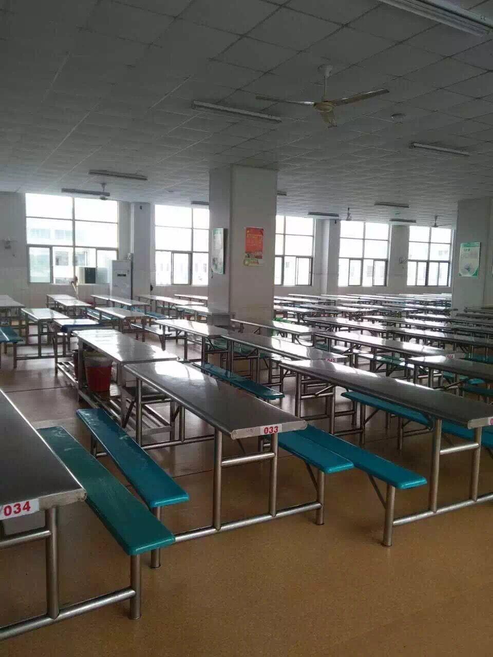 【无锡】堰桥小学食堂PVC塑胶地板