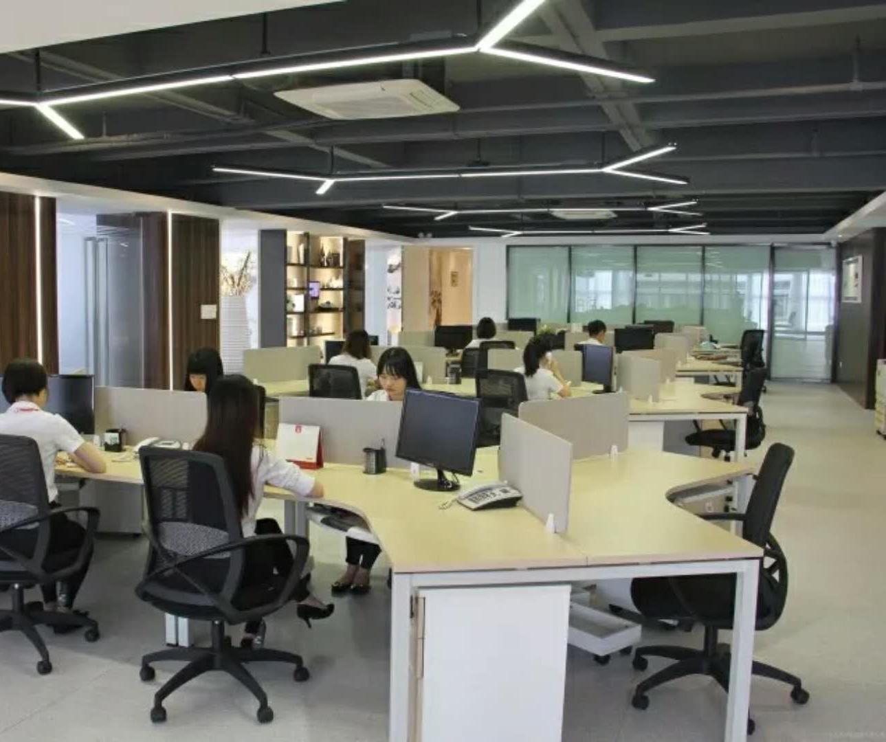 办公室吸音PVC地板,无视高跟鞋