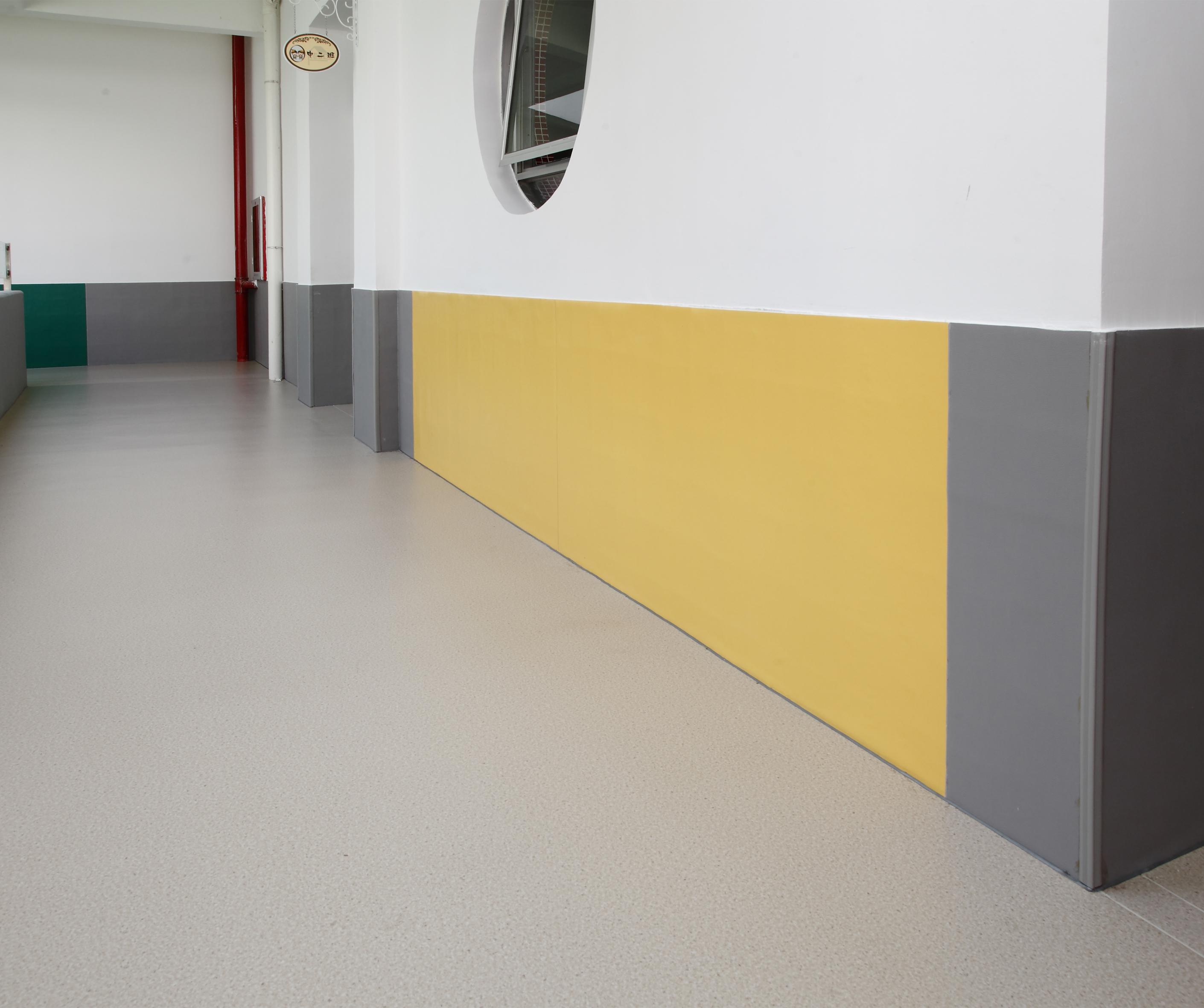 多年专业安装经验的师傅告诉你PVC地板上墙怎么安装(下)