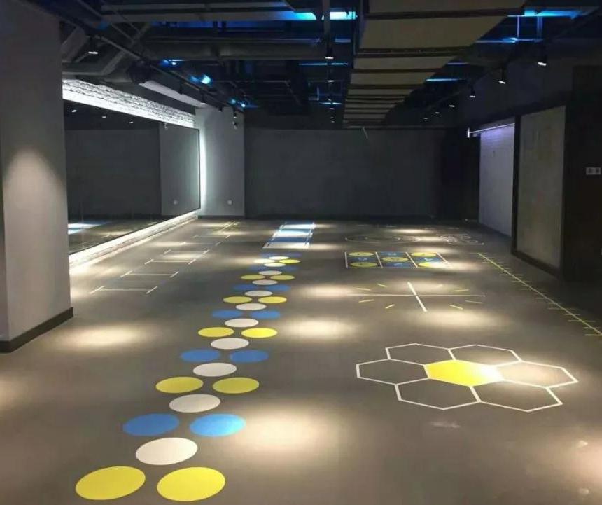 健身场所铺设PVC塑胶地板怎么样,腾方PVC塑胶地板地板耐用吗?
