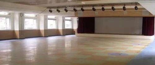 卷材地板胶如何施工?几招教会你卷材地板胶施工工艺