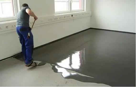 不做自流平能不能直接铺PVC地板?