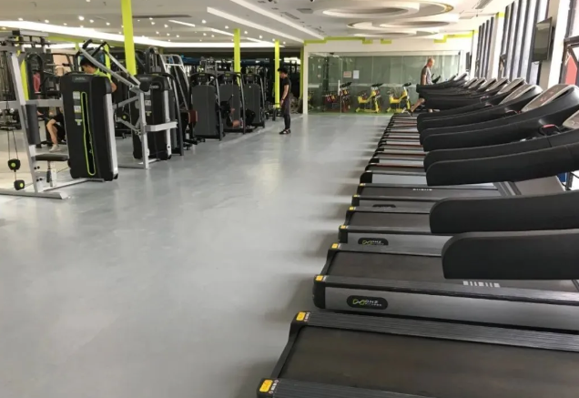 健身房地材应该如何选择?
