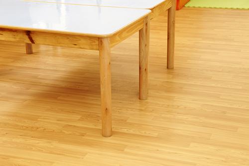 教您如何快速去除PVC地板散发出的气味【腾方PVC地板】