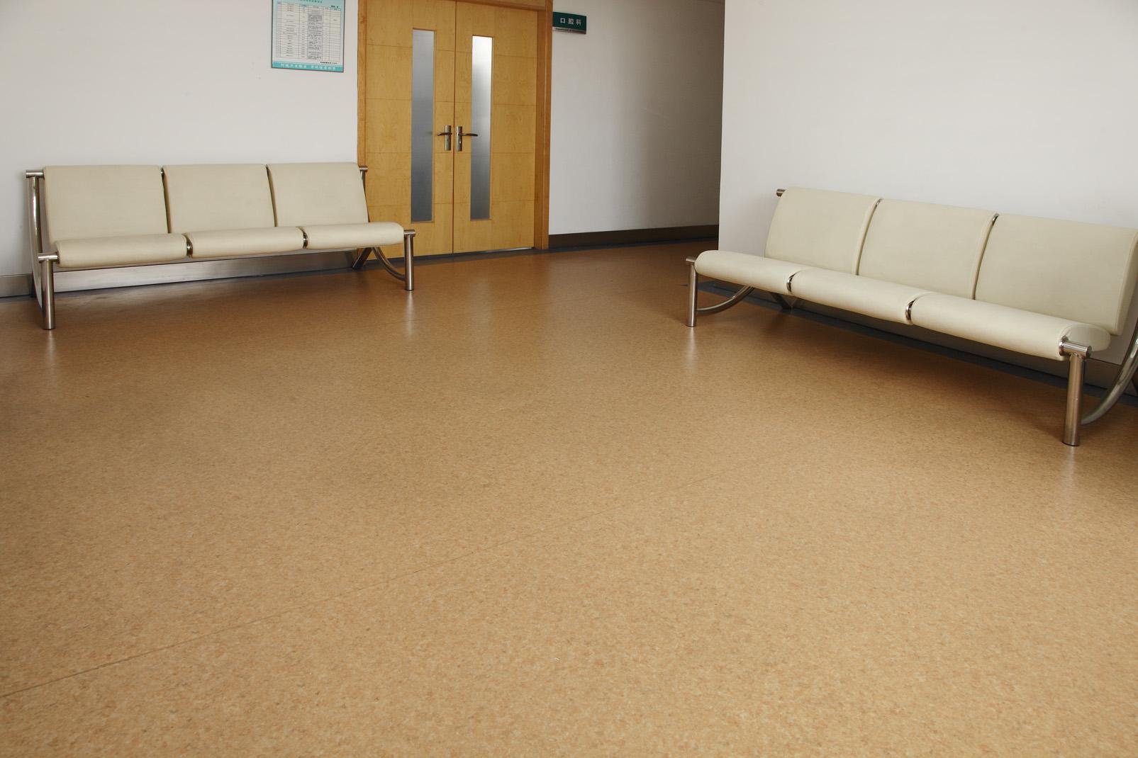 地面装饰材料为什么要选择PVC塑胶地板【腾方PVC地板】