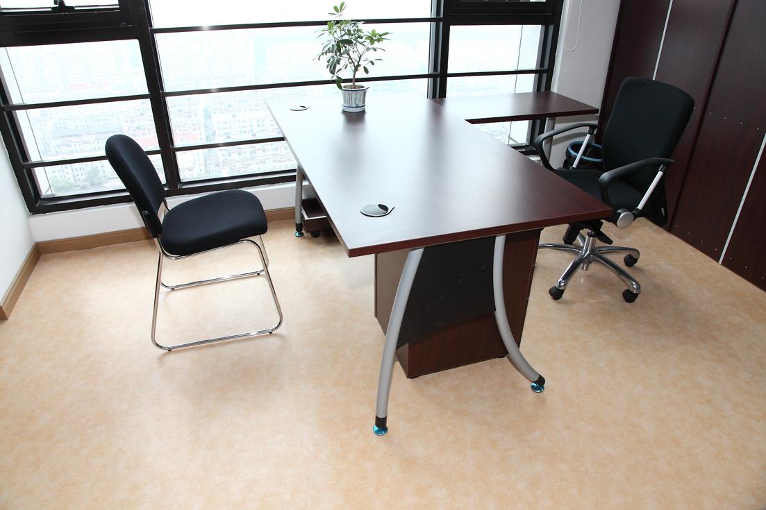 教你一招轻松解决办公室地胶地面划痕【腾方PVC地板】