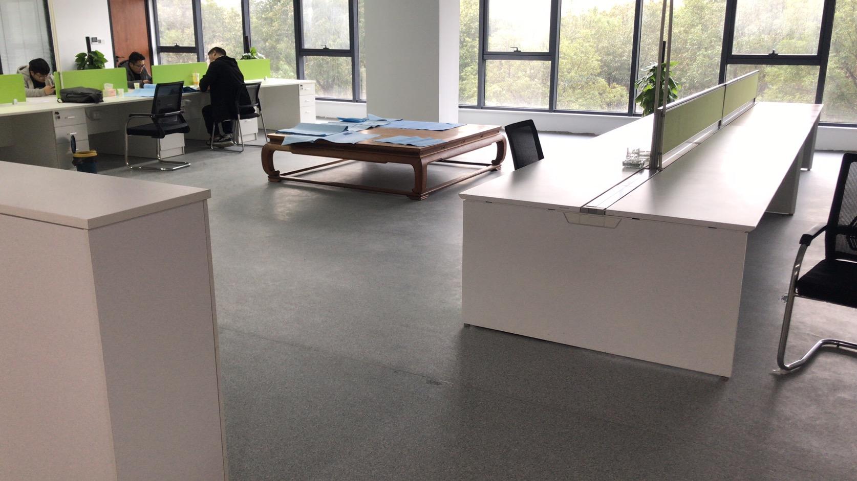 公司办公室pvc地板应该如何挑选?【腾方PVC地板】