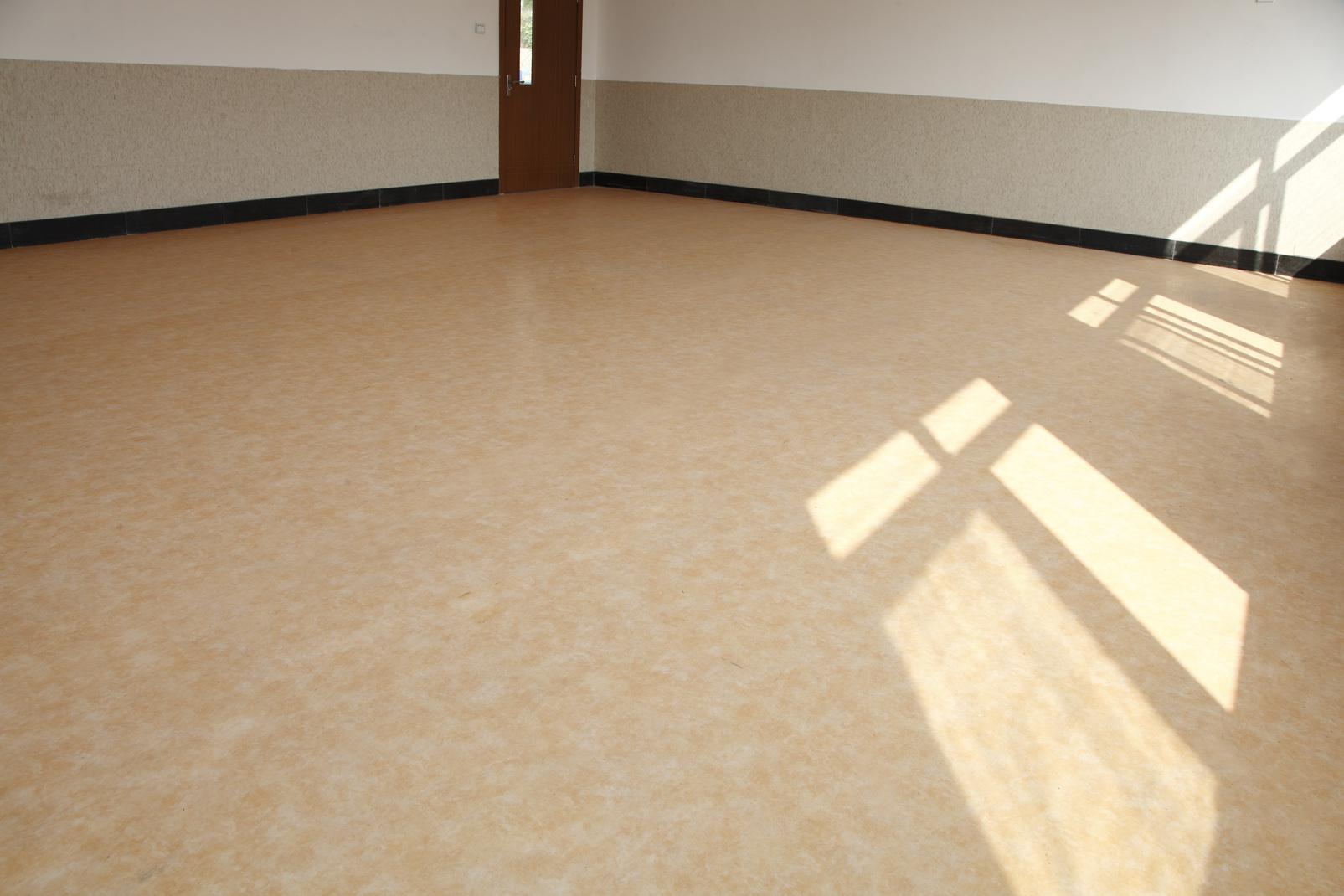 高校PVC地板怎么选?【腾方PVC地板】
