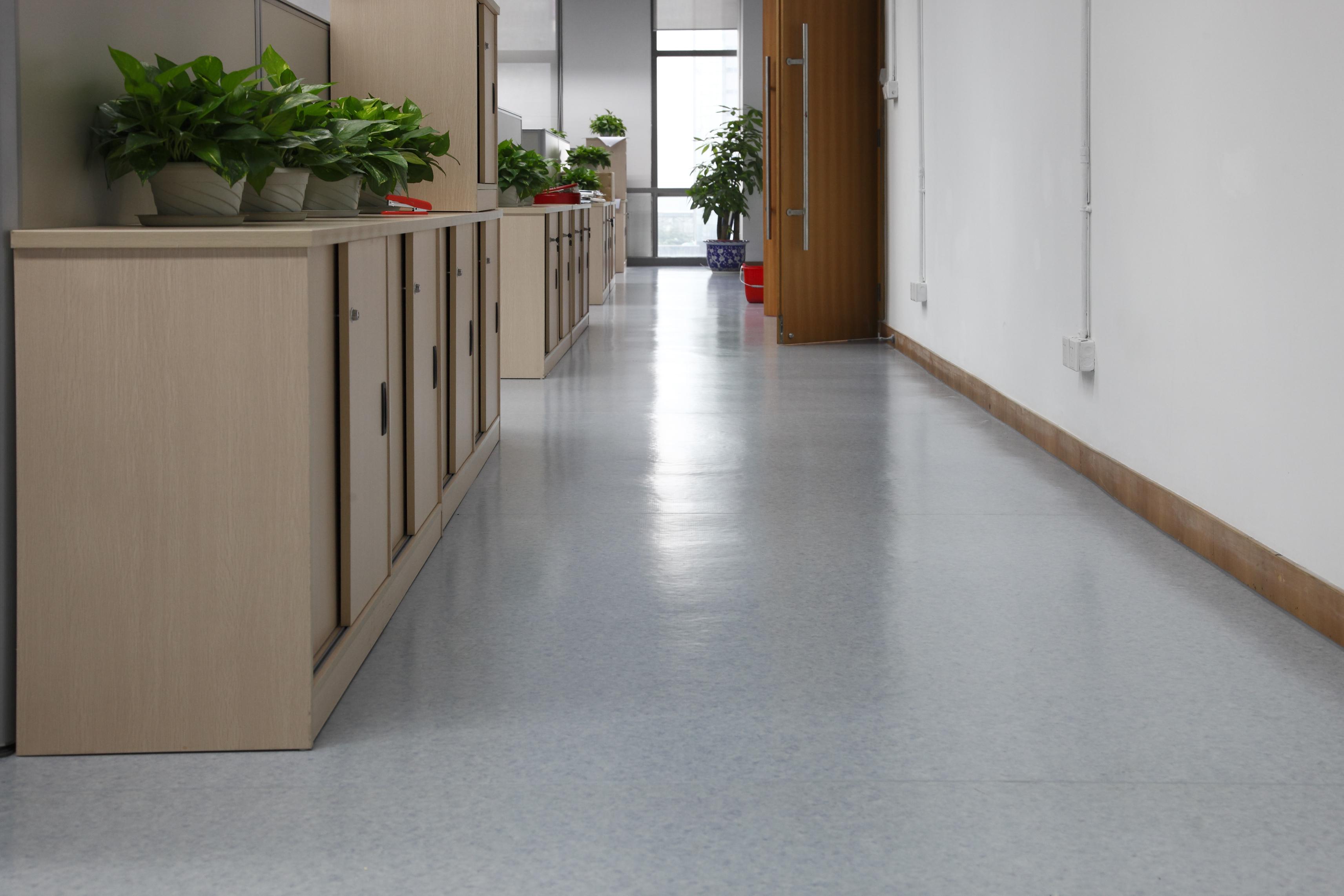 PVC塑胶地板哪家好?【腾方PVC地板】