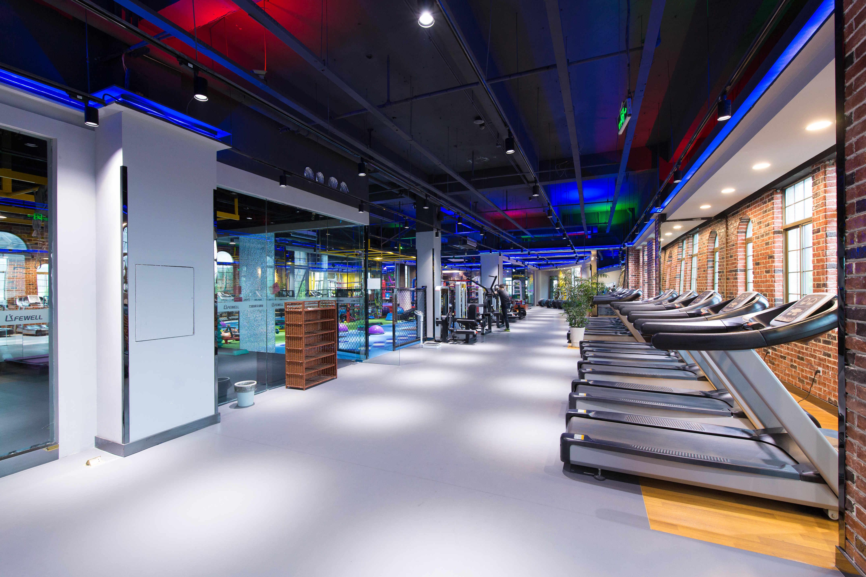 健身房铺设PVC塑胶地板怎么样?【腾方PVC地板】