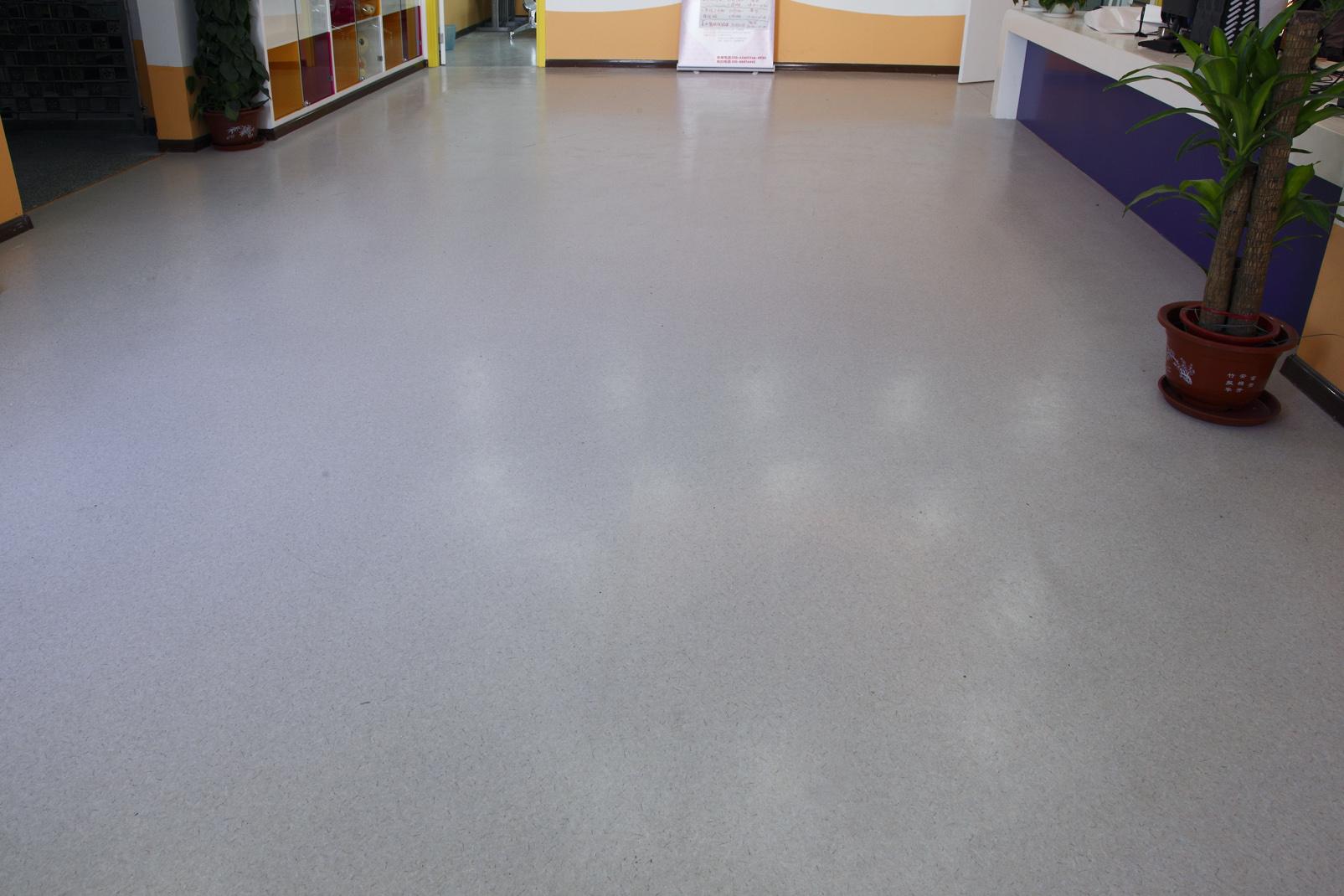 什么是商用PVC地板?【腾方PVC地板】