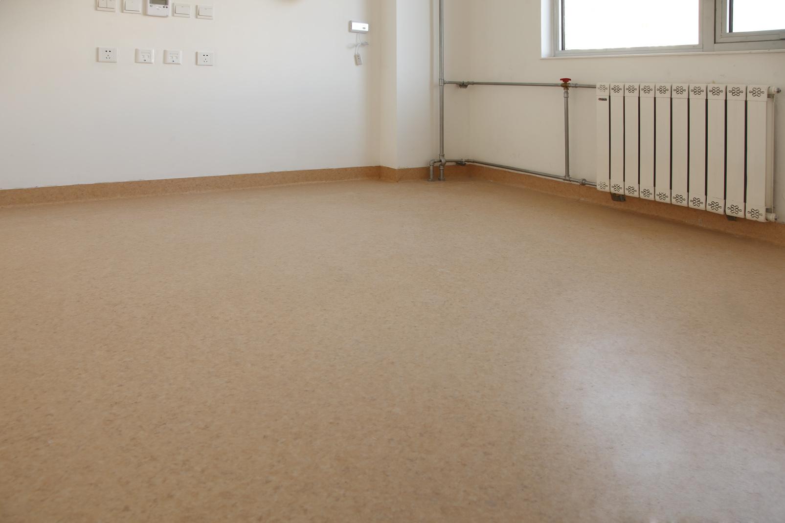 正值开学季,说一说学校PVC地板的一些特点【腾方PVC地板】