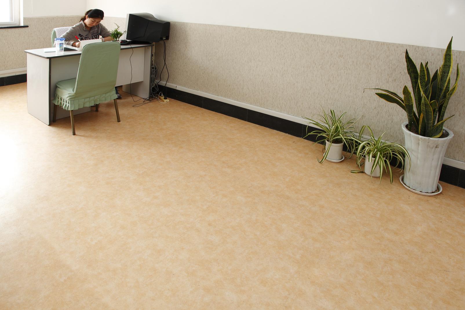 瞎说大实话之PVC地板的几个缺点【腾方PVC地板】
