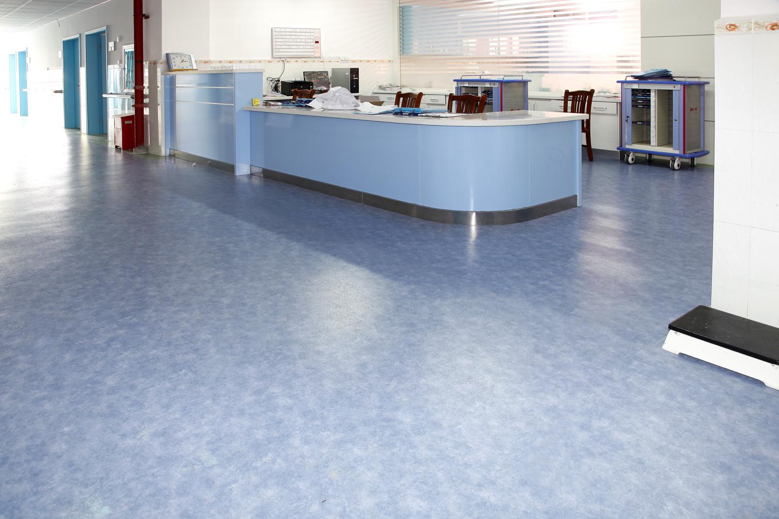 聊一聊PVC塑胶地板的抗菌性能【腾方PVC地板】