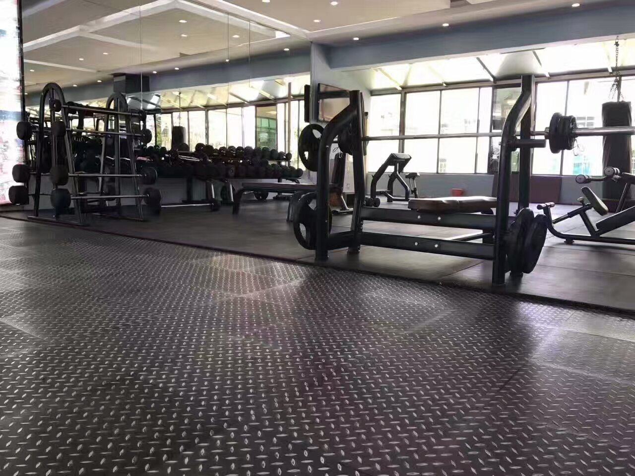 健身房之钢板纹PVC地板【腾方PVC地板】