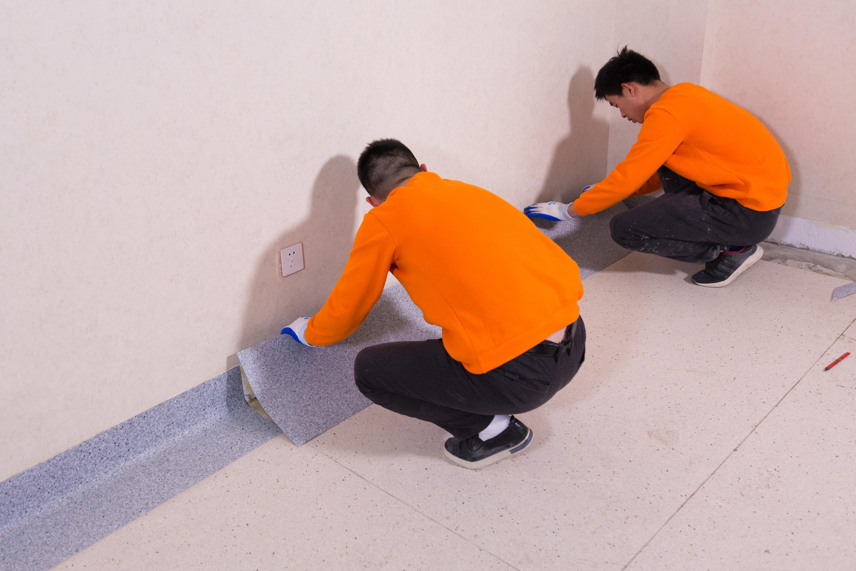 PVC地板在铺装时应该注意的事项【腾方PVC地板】